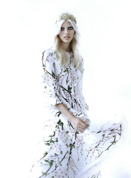 dolce-and-gabbana-dress-numero-france-march-ss14-2014-2